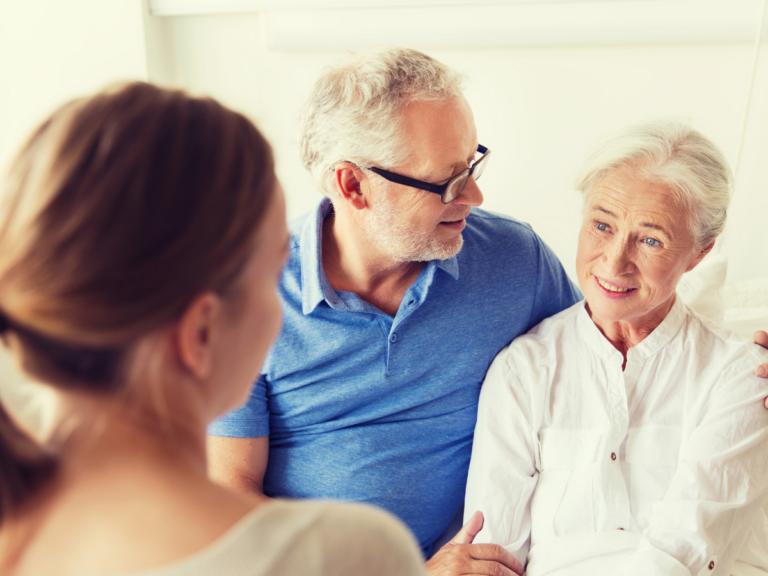 Health & Safety Checklist When Visiting Elderly Parents